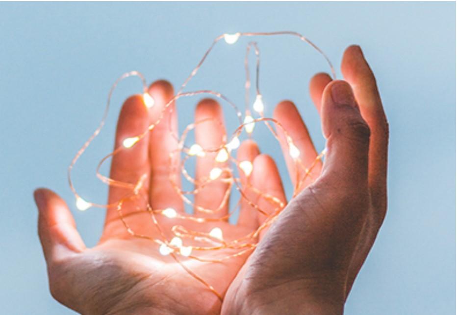 Источники света в гипсовых светильниках. Какие же они разные!Плюсы и минусы